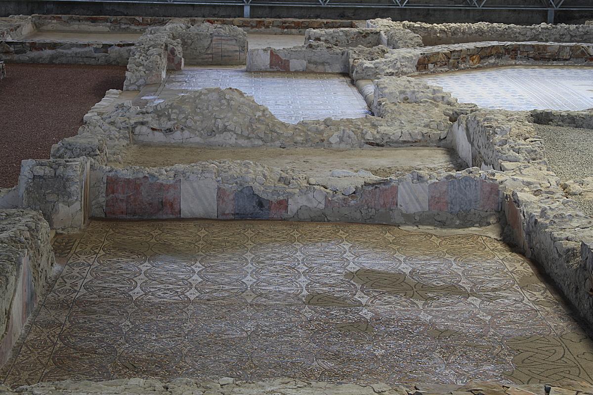 En el museo de las villas romanas en almenara puras for Villas romanas