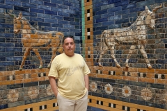 En la Puerta de Ishtar, Pergamon Museum ; Berlín, 2018
